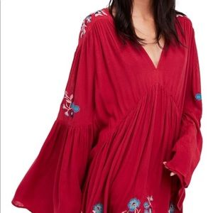 FREE PEOPLE TOP SIZE S (NWT)